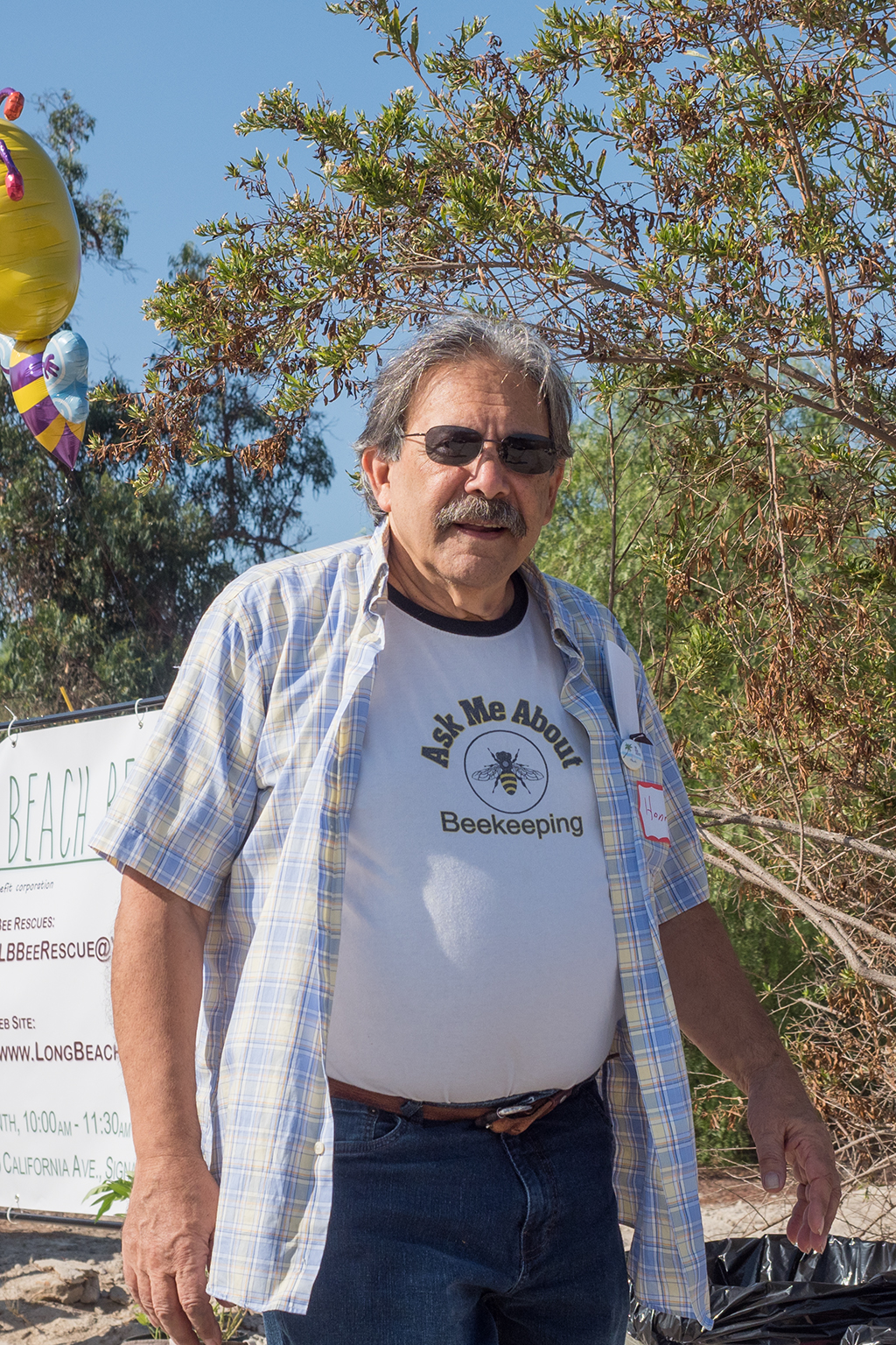 Henry Kurland, founding President of the Long Beach Beekeepers, at the opening of the Willow Springs Bee Sanctuary. Photo by Joan Day.